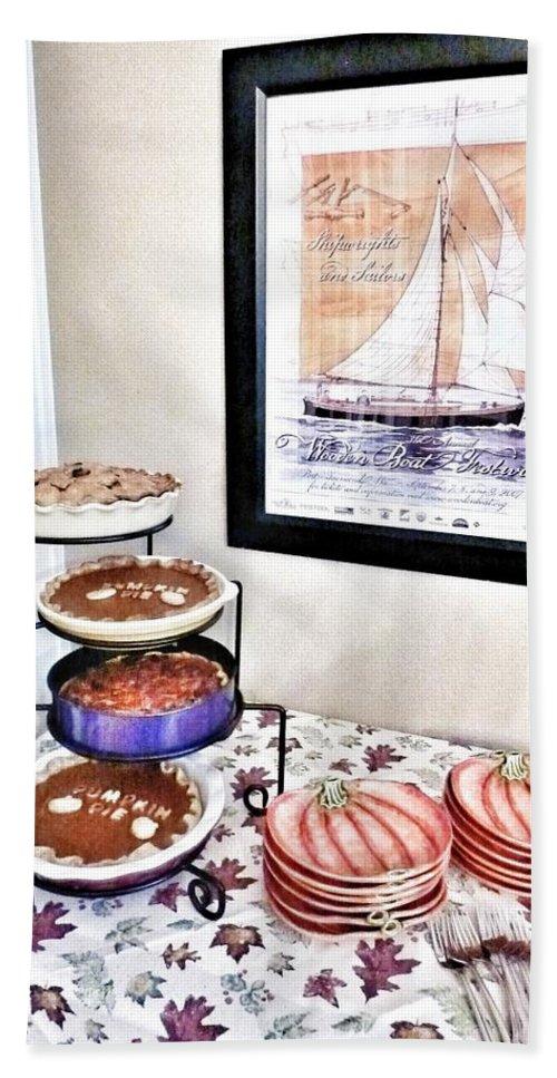 Apple Carmel Pie Hand Towel featuring the photograph Thanksgiving Pies by Susan Garren
