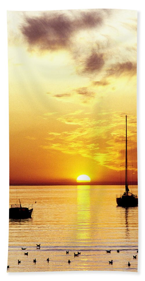 Sunset Hand Towel featuring the photograph That Sky by Anthony Davey