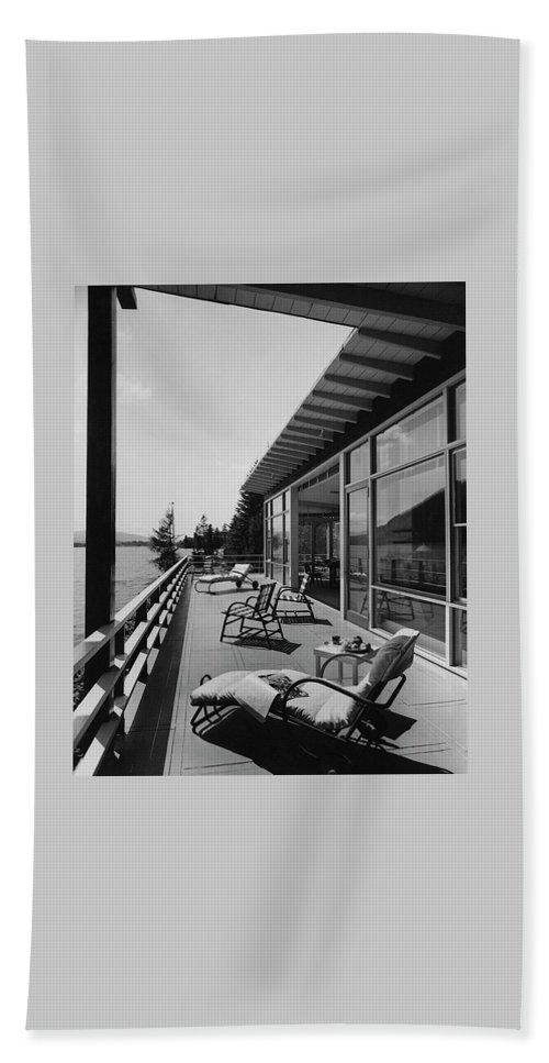 Architecture Bath Towel featuring the photograph The Alfred Rose Lake Placid Summer Home by Robert M. Damora