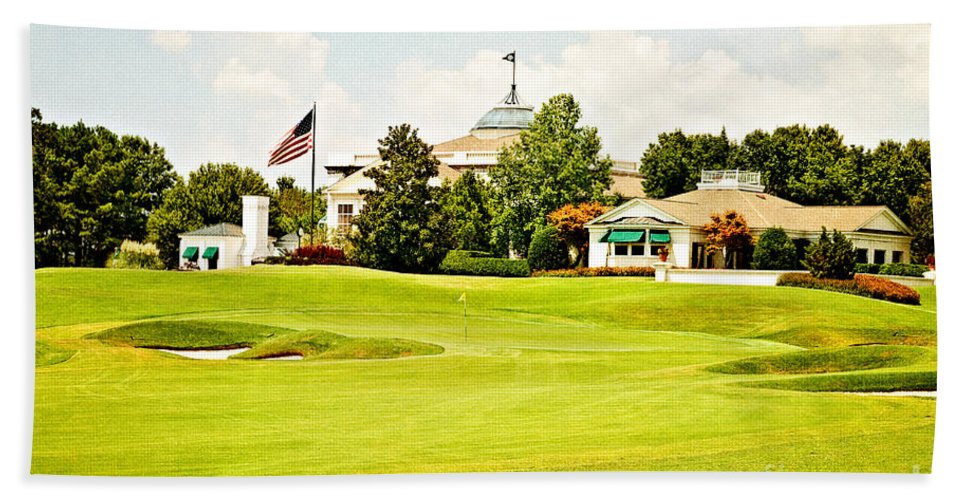 Golf Bath Sheet featuring the photograph The Approach by Scott Pellegrin