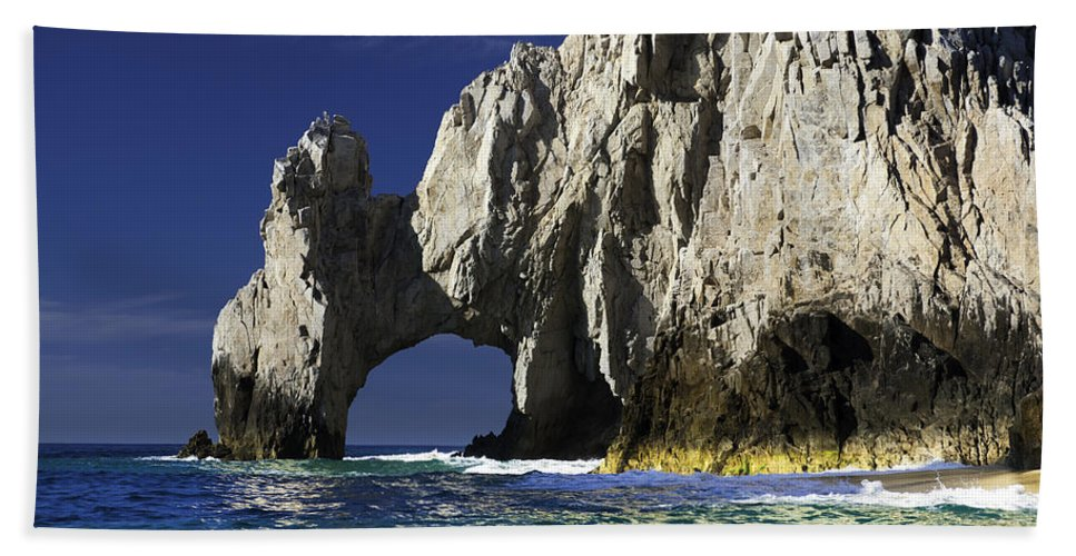 Los Cabos Bath Sheet featuring the photograph The Arch Cabo San Lucas by Sebastian Musial