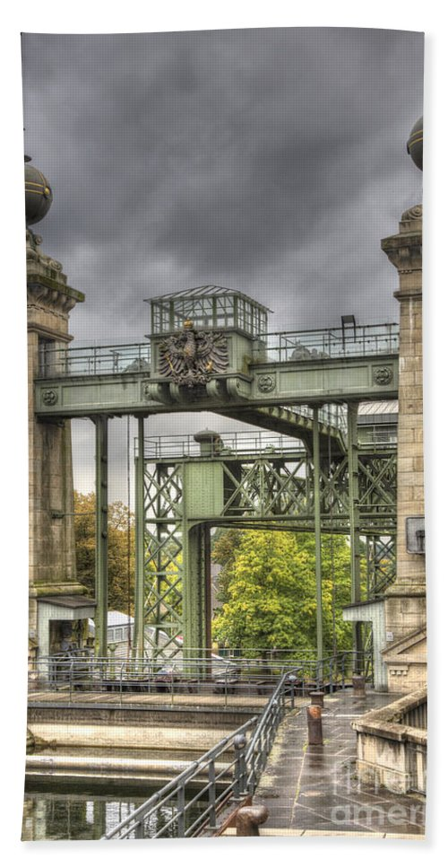 Heiko Hand Towel featuring the photograph The Art Nouveau Ships Elevator - Portal View by Heiko Koehrer-Wagner
