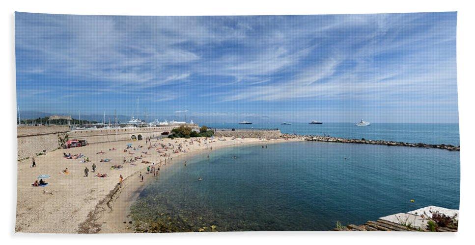 Seascape Bath Sheet featuring the photograph The Beach At Cap D' Antibes by Allen Sheffield