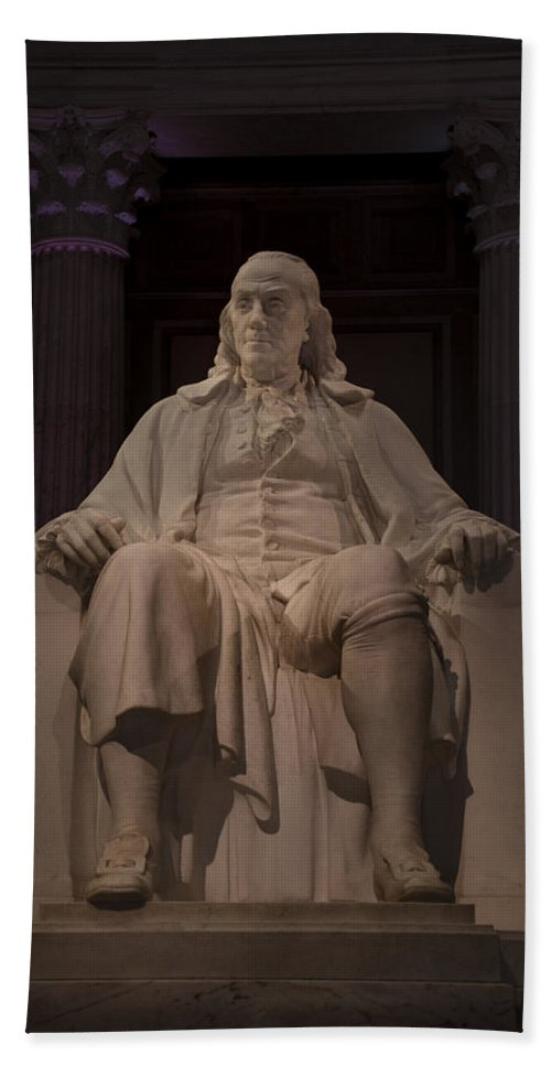 Benjamin Hand Towel featuring the photograph The Benjamin Franklin Statue by Bill Cannon