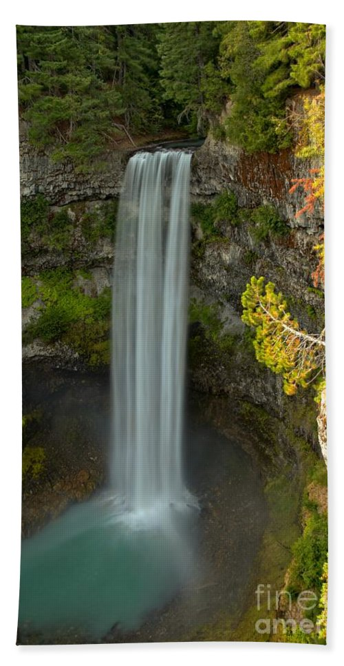 Brandywine Falls Bath Sheet featuring the photograph The Brandywine Plunge by Adam Jewell