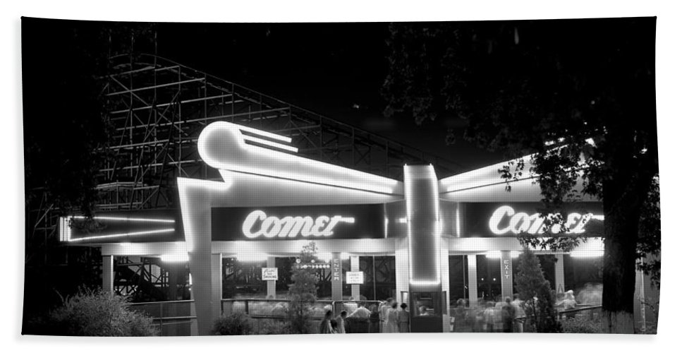 The Comet Bath Sheet featuring the photograph The Comet Roller Coaster - St Louis 1950 by Mountain Dreams