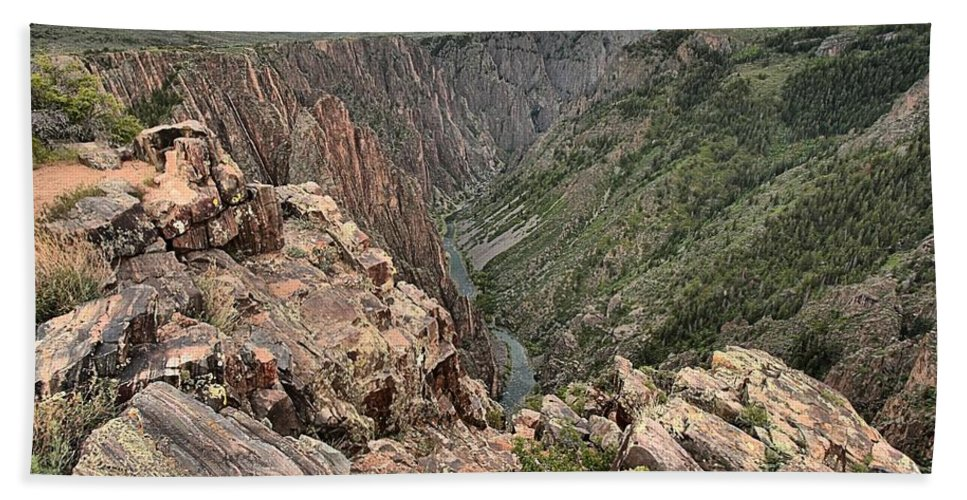 Black Canyon Hand Towel featuring the photograph The Edge Of Back Canyon by Adam Jewell