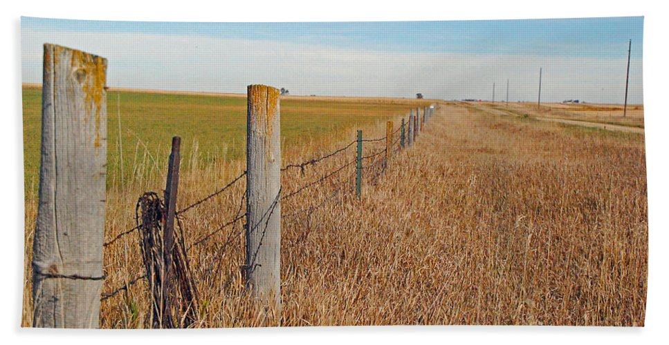 Fence Bath Sheet featuring the photograph The Fence Row by Mary Carol Story