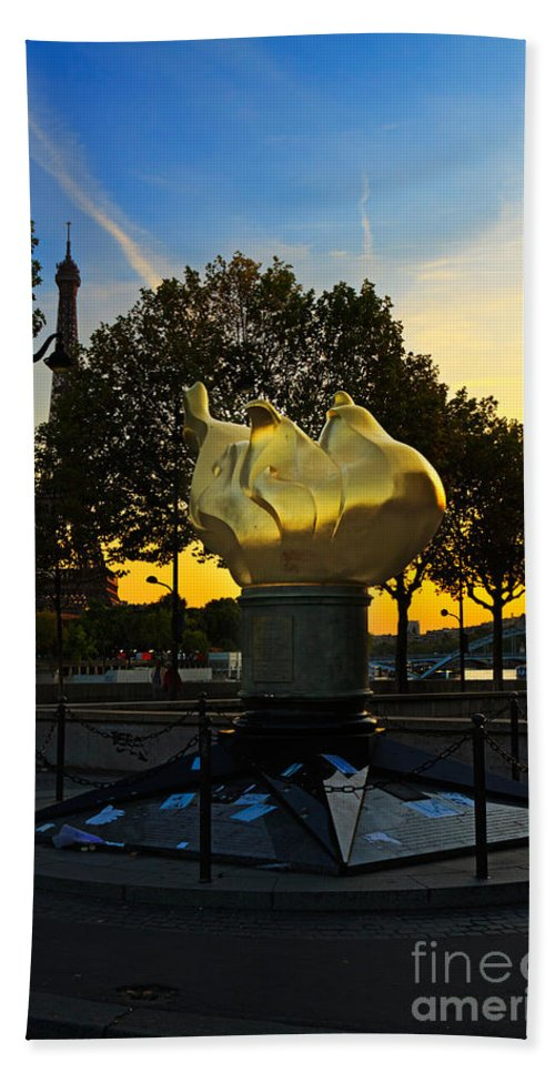 Flame Of Liberty Hand Towel featuring the photograph The Flame Of Liberty In Paris by Louise Heusinkveld