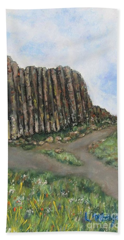 Giant's Causeway Bath Towel featuring the painting The Giant's Causeway by Laurie Morgan