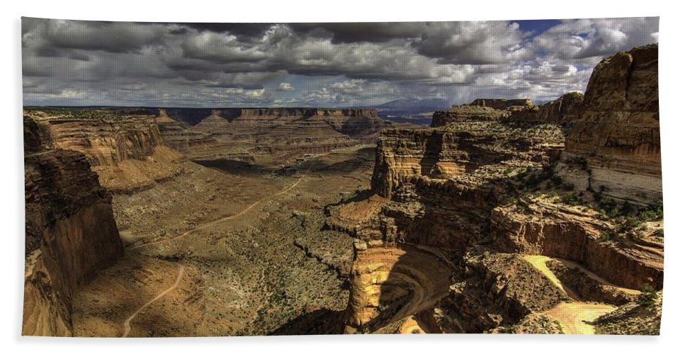 Panoramic Landscape Hand Towel featuring the photograph The Grand Escape by Bill Sherrell