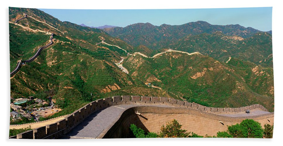 Photography Bath Sheet featuring the photograph The Great Wall At Badaling In Beijing by Panoramic Images