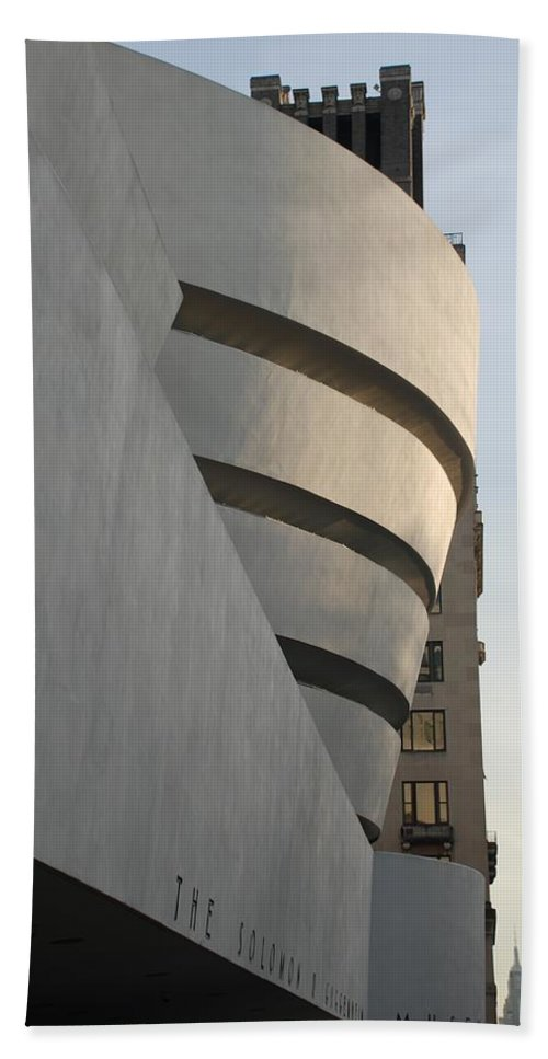 Scenic Hand Towel featuring the The Guggenheim by Rob Hans