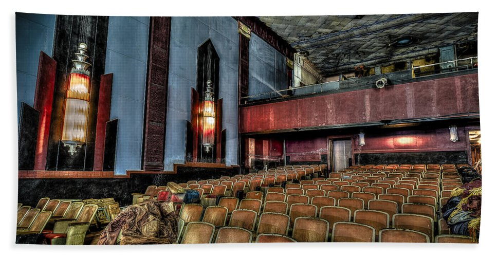 Cole Theater Hand Towel featuring the photograph The Haunted Cole Theater by David Morefield