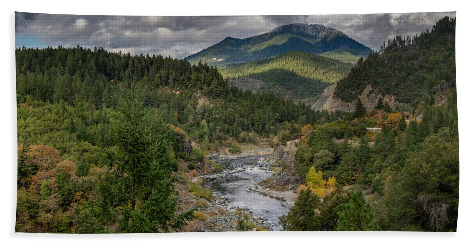 Klamath River Hand Towel featuring the photograph The Klamath Runs Through It by Greg Nyquist