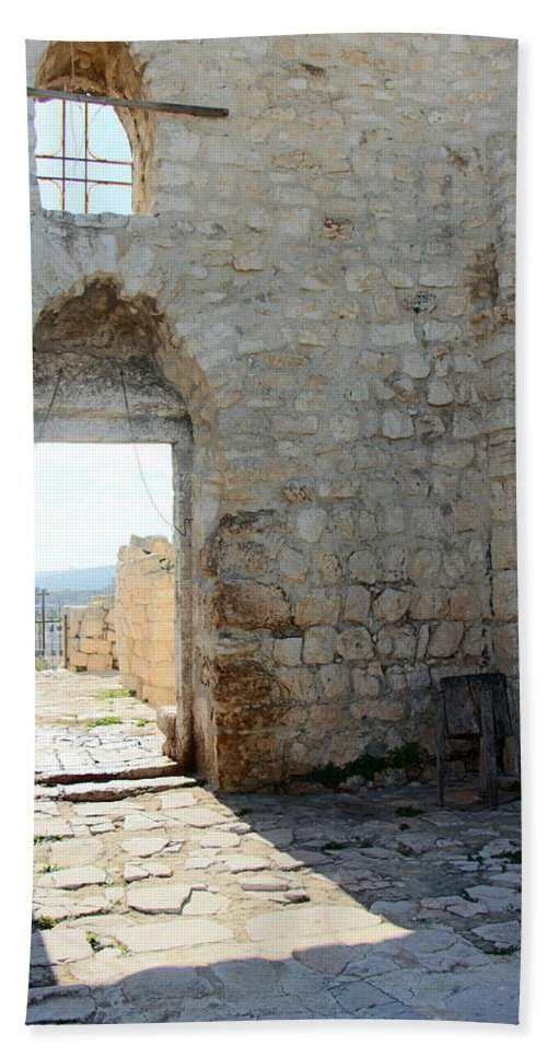 Door Bath Sheet featuring the photograph The Main Door To St.george Ruins by Munir Alawi