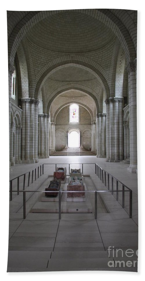 Cloister Bath Sheet featuring the photograph The Nave With Tombs Fontevraud Abbey by Christiane Schulze Art And Photography