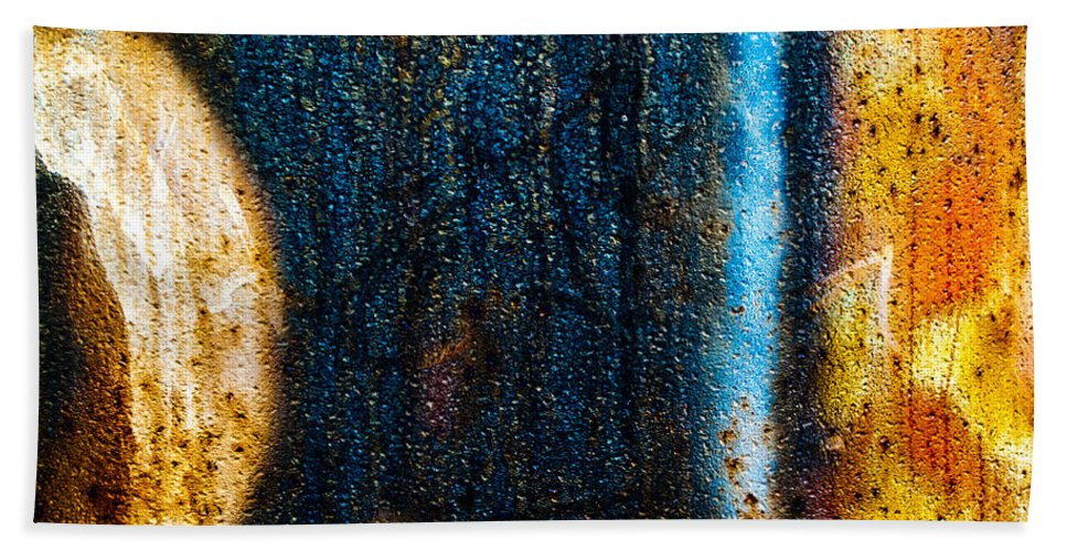 Abstract Bath Sheet featuring the photograph The Other Half by Bob Orsillo