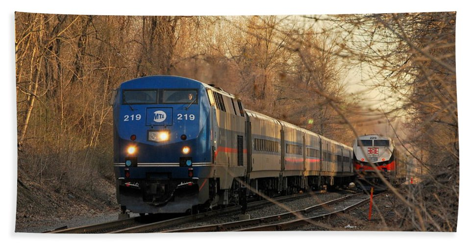 Metro North Hand Towel featuring the photograph The Passing Siding by Kurt Von Dietsch