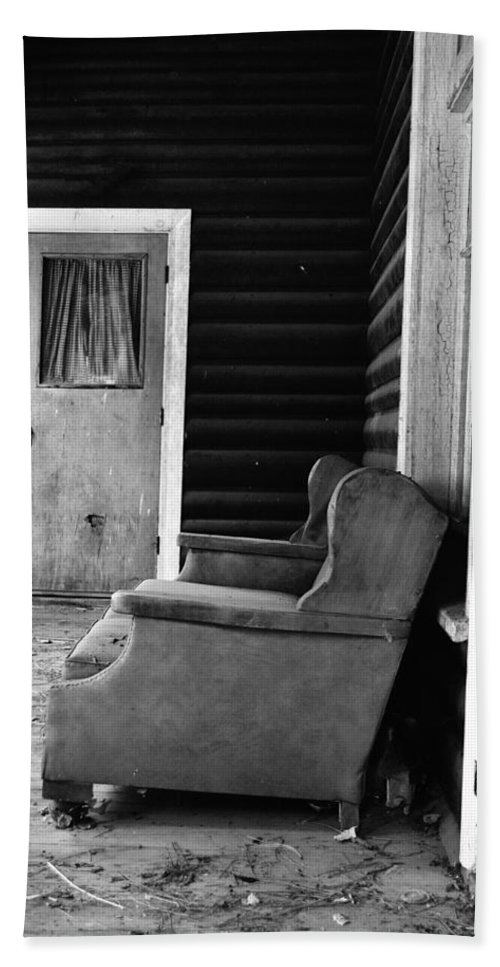 Porch Hand Towel featuring the photograph The Porch by Holly Blunkall