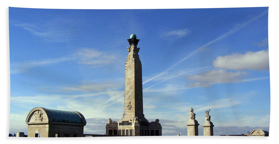 War Memorial Southsea Hand Towel featuring the photograph The Portsmouth Naval Memorial Southsea by Terri Waters