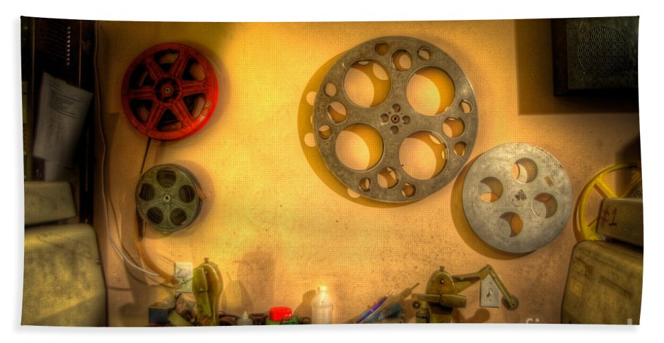 Hdr Bath Sheet featuring the photograph The Projection Room 4675 by Timothy Bischoff
