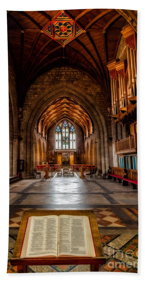 Welsh Cathedral Bath Sheet featuring the photograph The Reading Room by Adrian Evans