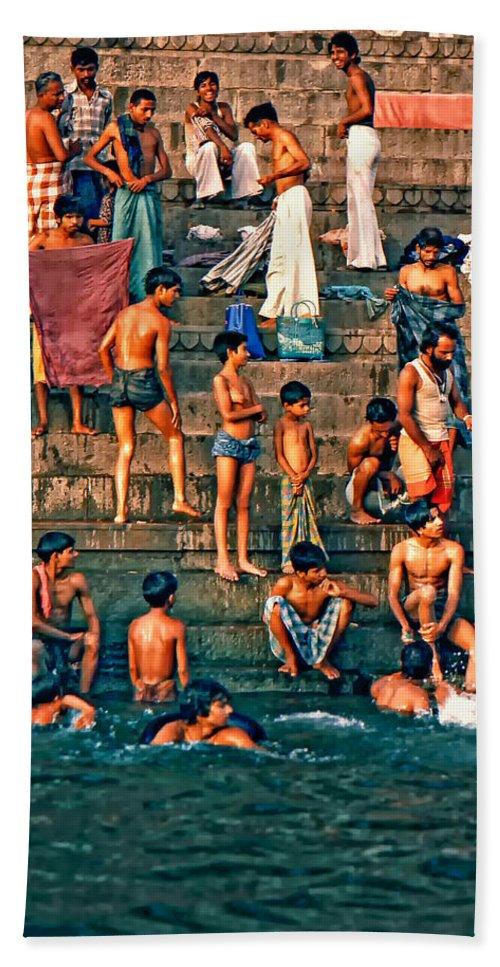 Varanasi Hand Towel featuring the photograph The Scolding by Steve Harrington