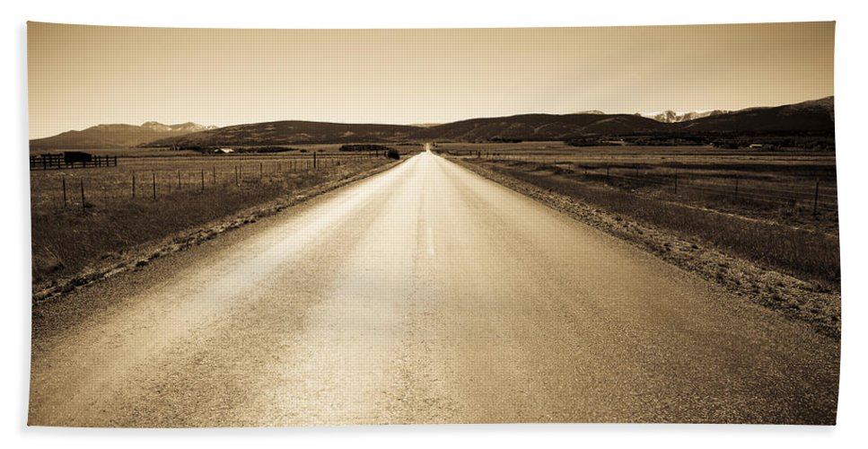 Road Bath Sheet featuring the photograph The Side Road 2 by Marilyn Hunt