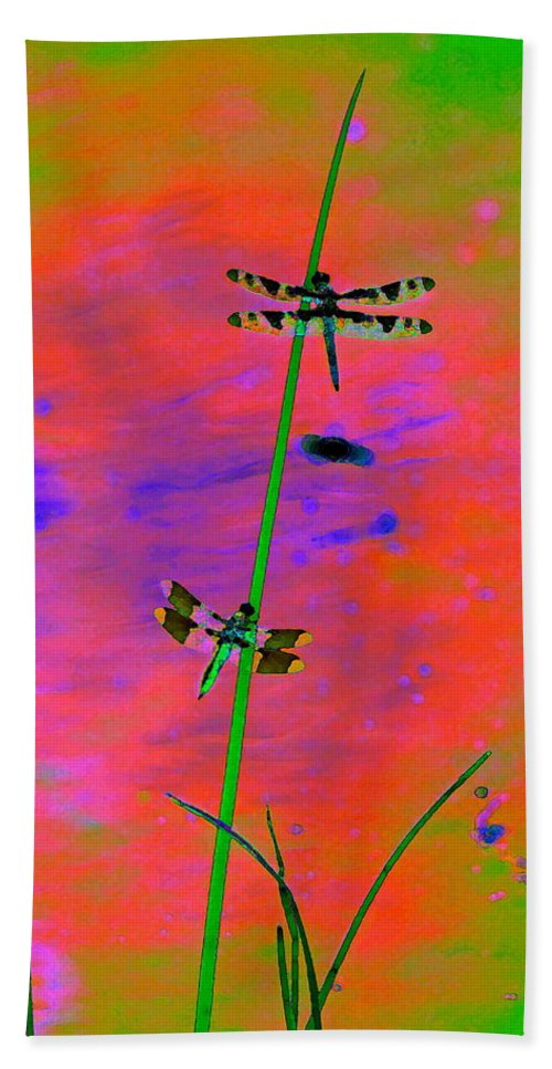 Dragonflies Bath Sheet featuring the photograph The Skimmer And The Whitetail Art #2 by Ben Upham III