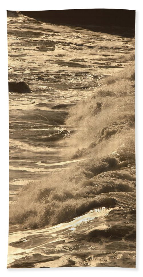 Wave Hand Towel featuring the photograph The Sound And The Fury by Laddie Halupa