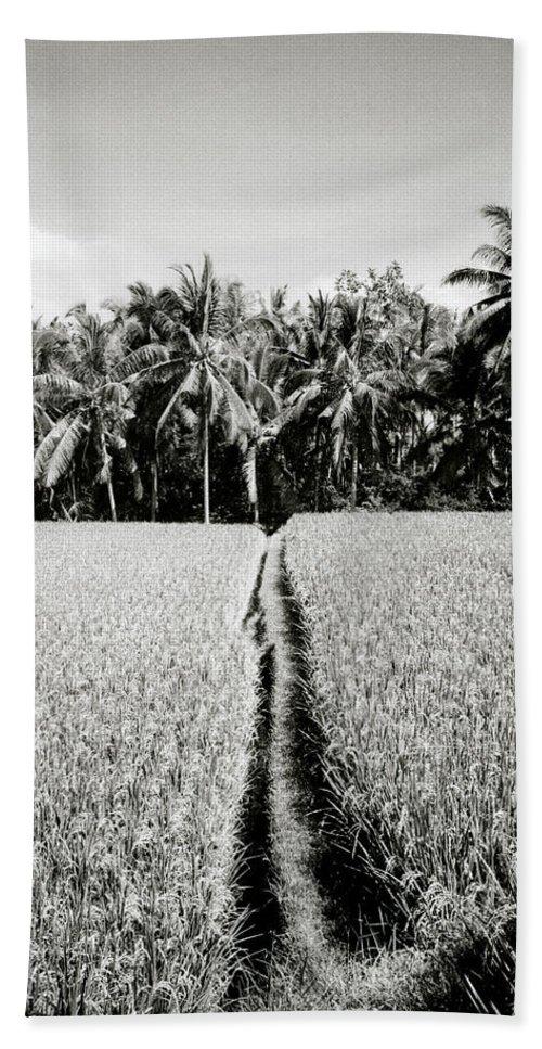 Solitude Bath Sheet featuring the photograph The Way by Shaun Higson
