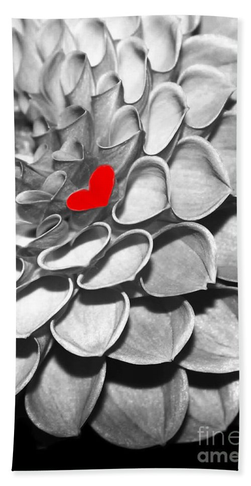 Macro Bath Sheet featuring the photograph This Heart Is For You by Sabrina L Ryan