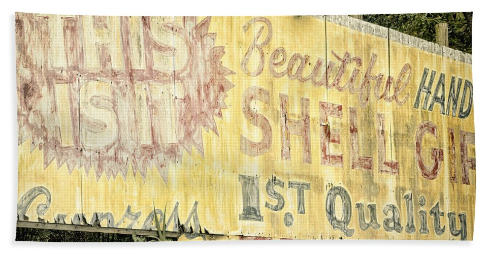 1950 Hand Towel featuring the photograph This Is It by Joan Carroll