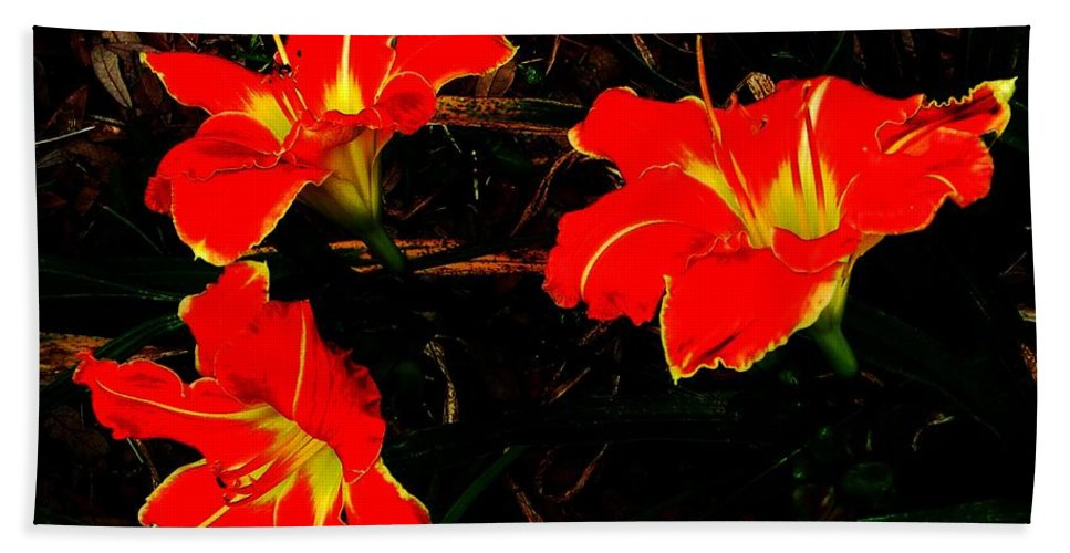 Red Bath Sheet featuring the photograph Three Lilies by Lizi Beard-Ward