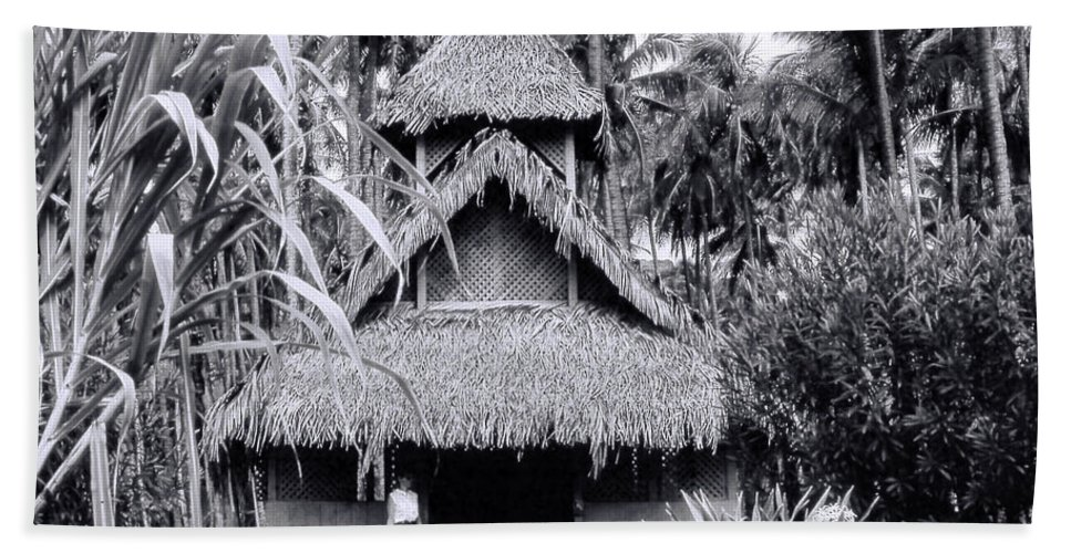 Bath Sheet featuring the photograph Three Story Hut by Cathy Anderson