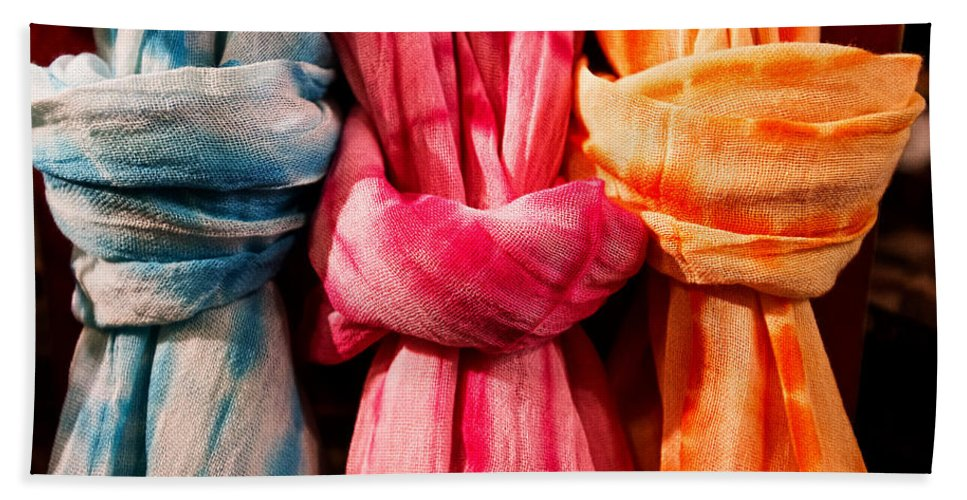 Christopher Holmes Photography Bath Sheet featuring the photograph Three Tie-dye Knots by Christopher Holmes