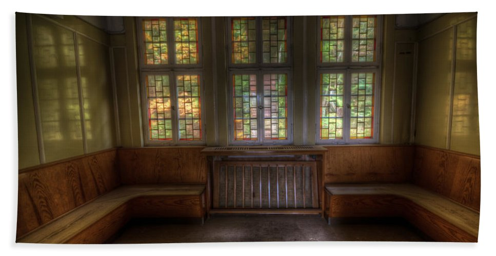 Urbex Hand Towel featuring the digital art Three Window Waiting by Nathan Wright