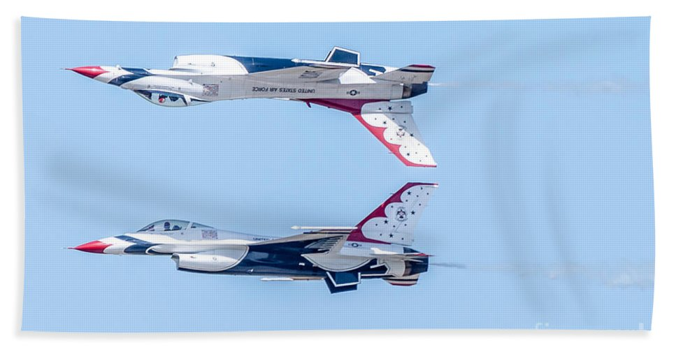 Thunderbirds Bath Sheet featuring the photograph Thunderbirds In A Dangerous Formation by Amel Dizdarevic