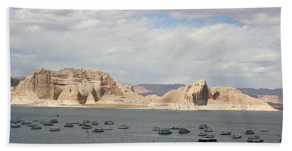 Lake Bath Sheet featuring the photograph Thunderstorm Atmosphere Over Lake Powell by Christiane Schulze Art And Photography