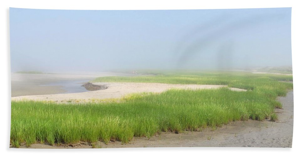 Maine Hand Towel featuring the photograph Tidal River by Mary Ellen Mueller Legault