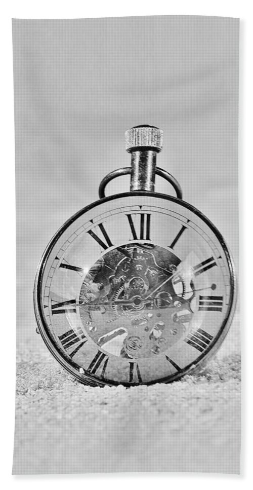 Time Peice Bath Sheet featuring the photograph Time In The Sand In Black And White by Rob Hans