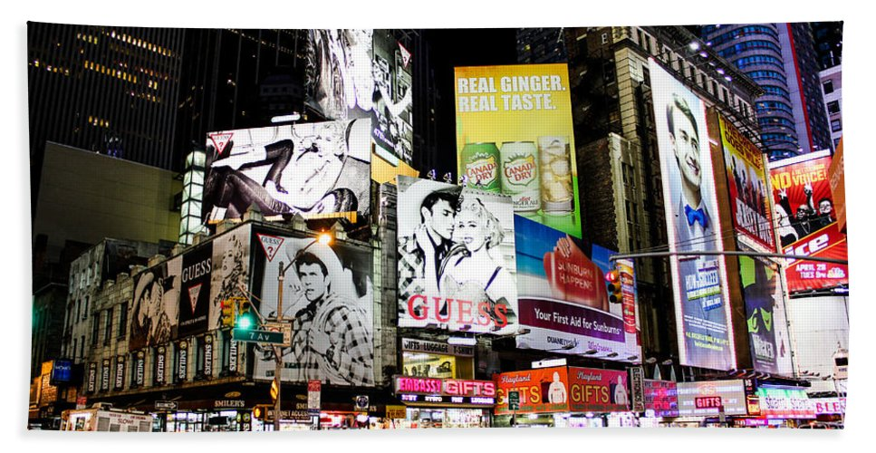 Times Square Bath Sheet featuring the photograph Times Square At Night by Sam Garcia
