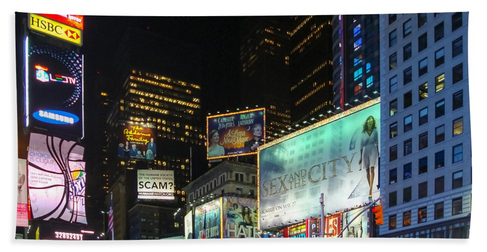 New York Hand Towel featuring the photograph Times Square In 2010 by Alexandre Martins