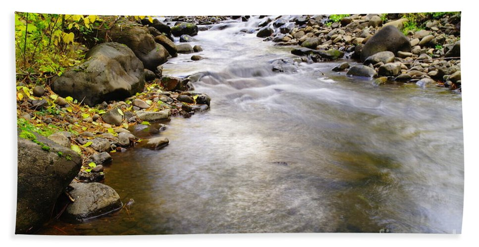 Water Bath Sheet featuring the photograph Tiny Rapids At The Bend by Jeff Swan