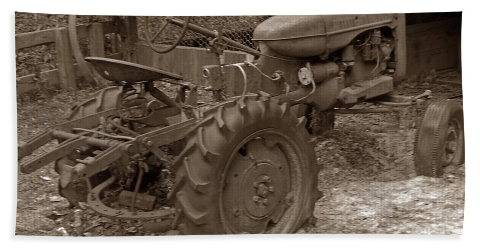 Allis Chalmers Hand Towel featuring the photograph Tired Tractor...... Sepia by Bob Johnson