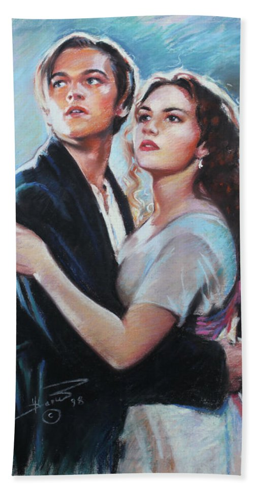 Titanic Bath Towel featuring the drawing Titanic Jack and Rose by Viola El