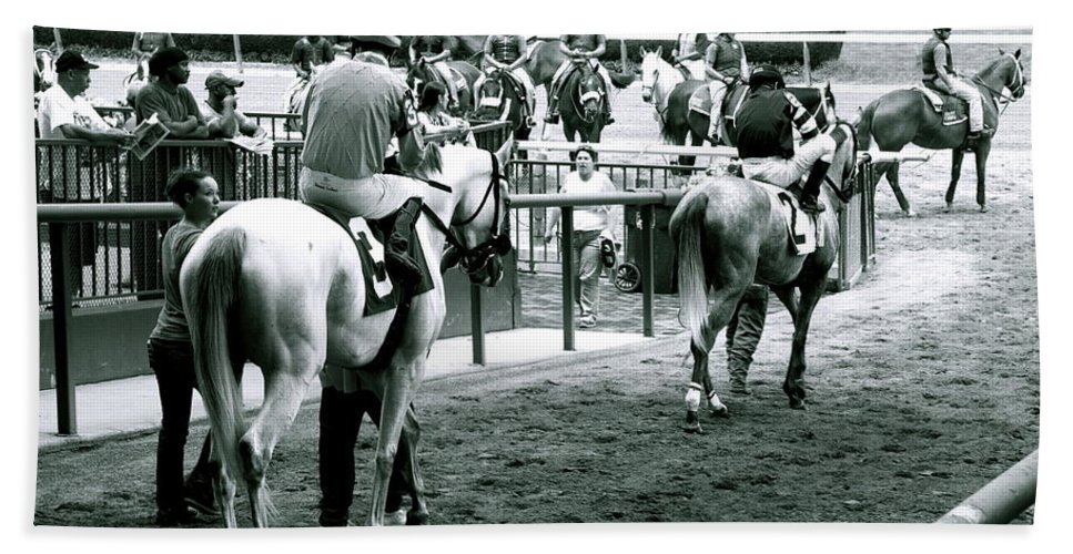 Horse Racing Jockeys Track Belmont Racetrack Black And White Bath Sheet featuring the photograph To The Track by Alice Gipson