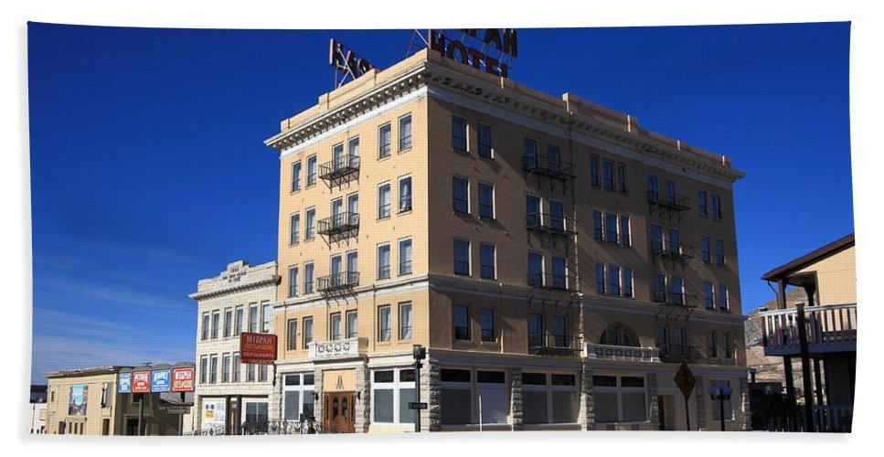 America Bath Towel featuring the photograph Tonopah Nevada - Mizpah Hotel by Frank Romeo