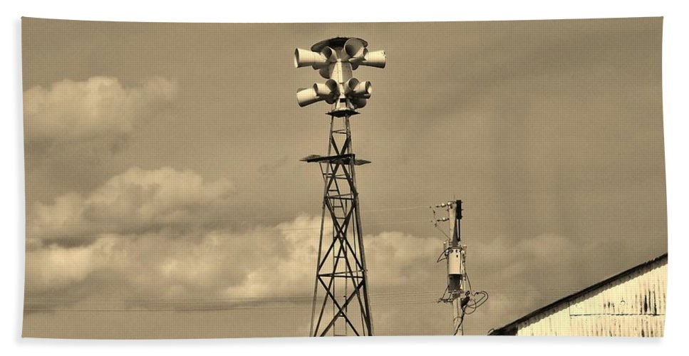 Picher Bath Sheet featuring the photograph Tornado Siren In A Ghost Town by Ed Sweeney
